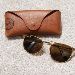Polarized Ray Ban gold sunglasses!